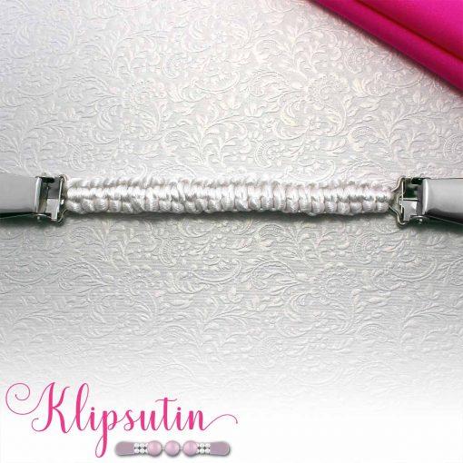 Napittoman neuletakin ja villatakin pidike nimeltä Klipsutin Olga. Kuvassa näkyy tuotteen valkoinen vaihtoehto.