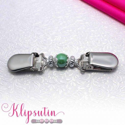Napittoman neuletakin ja villatakin pidike nimeltä Klipsutin Giia. Kuvassa näkyy tuotteen vihreä vaihtoehto.