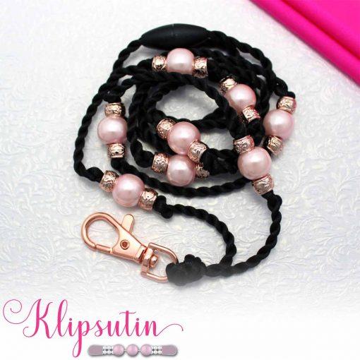 Avainnauha nimeltä Klipsutin Avainnauhakoru Rigmor. Kuvassa näkyy tuotteen vaaleanpunainen vaihtoehto.